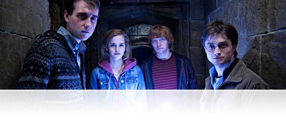 harry-potter-hogwarts-collection-blockbuster.jpg