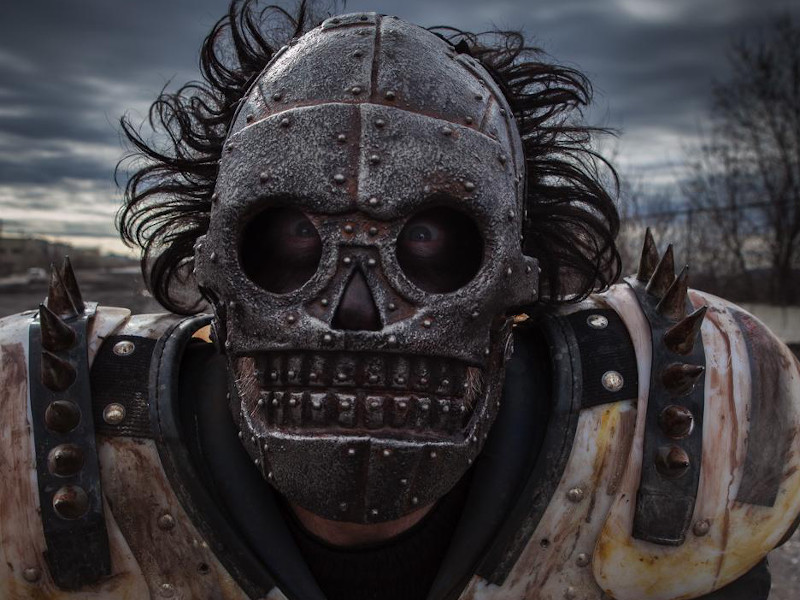 Turbo-Kid-Reviewbild-02.jpg