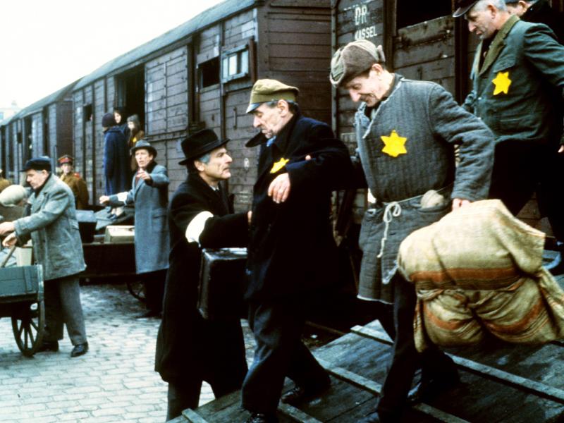 Holocaust_Die_Geschichte_der_Familie_Weiss_01.jpg