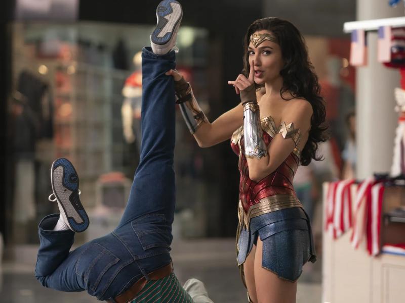 Wonder_Woman_1984_01.jpg